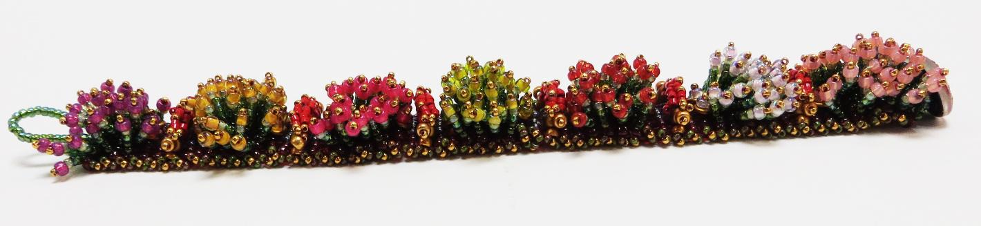 caterpillar espiritu bracelet